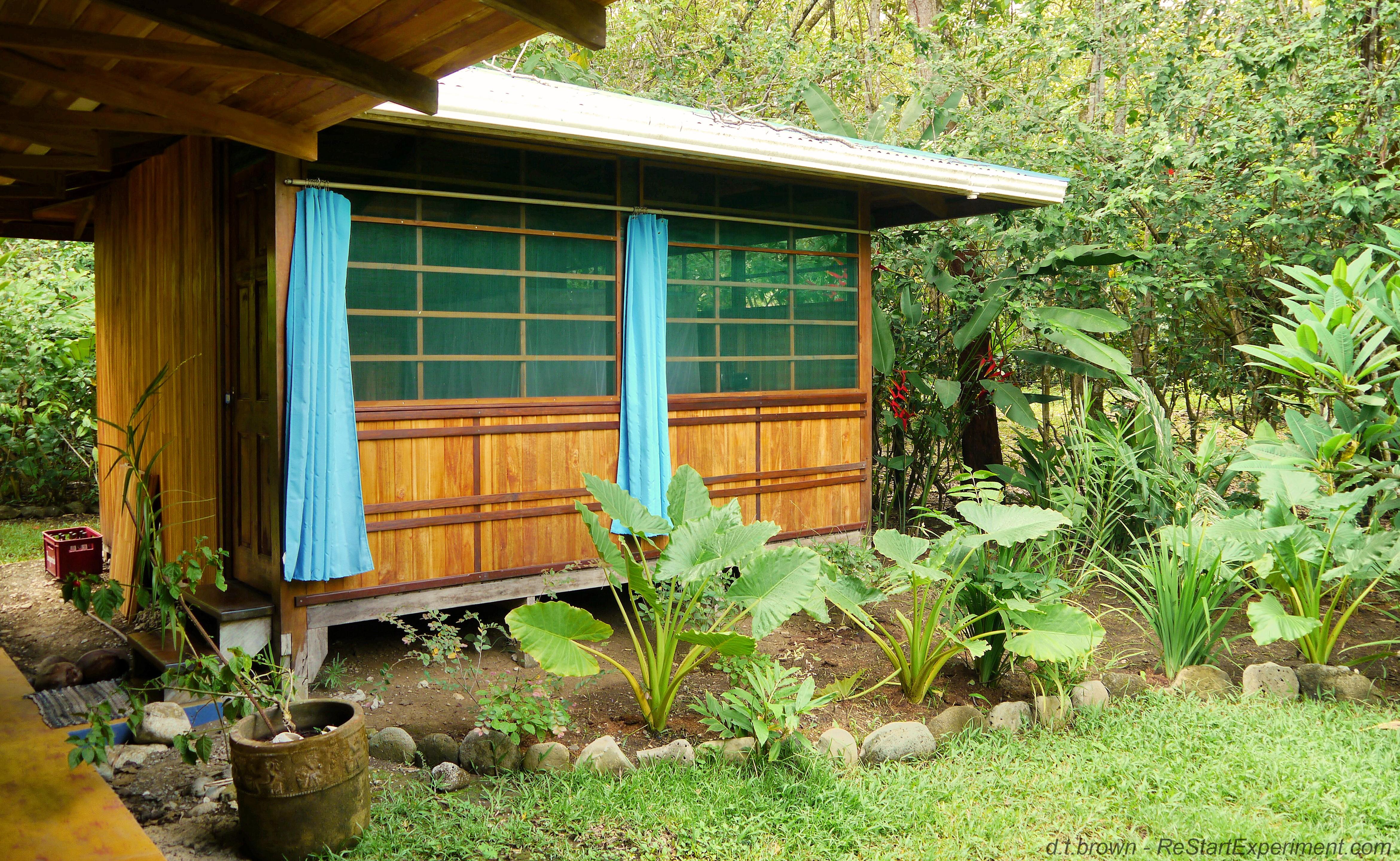 Minimalist Cabin how i live, part 1 / where i live | the restart experiment